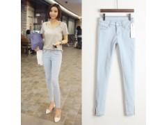 新款牛仔裤九分铅笔裤显瘦小脚裤修身浅蓝色牛仔裤