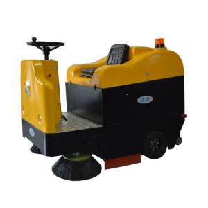 清扫学校跑道街道路面用扫地车|依晨驾驶式扫地机专卖