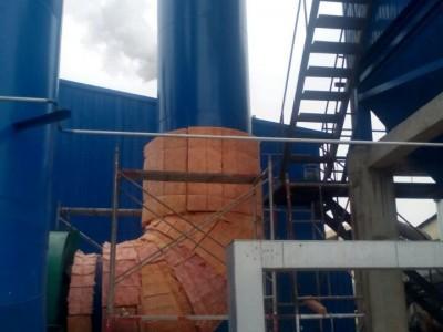 彩色玻璃棉板管道保温安装不锈钢铝板设备保温