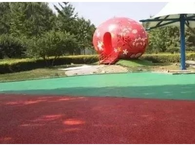 灵川县彩色透水混凝土增强凝结剂压模地坪施工指导
