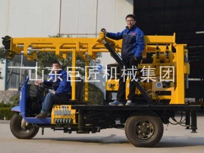 巨匠集团200型三轮车载液压钻机移动方便工作效率高