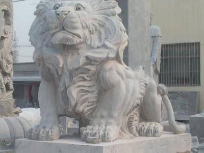 可定做石雕狮子石狮子摆件雕刻石狮子汉白玉石狮子摆件价格优惠