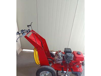 供应专业塑胶跑道划线机,篮球场划线机,塑胶跑道铺设划线机