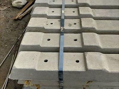 600轨距24KG螺栓固定水泥轨枕
