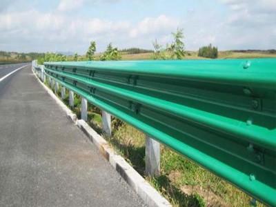 乡村道路防撞设施 揭阳马路两侧波形护栏 佛山波纹板厂家