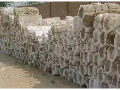高價回收各種廢舊塑料模具/現金回收各種廢舊淘汰塑料模具