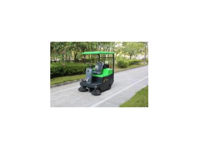 玛西尔 驾驶式扫地机DQS14、广场、高铁站清洁设备