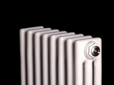 鋼三柱散熱器
