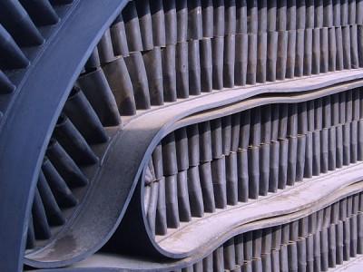 供应EP175挡边裙边输送带 大倾角输送带 优质挡边带