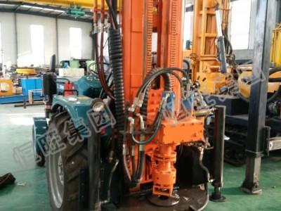 拖拉机式气动水井钻机