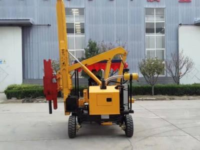 山东公路护栏打桩机厂家 专业生产小四轮护栏打桩机