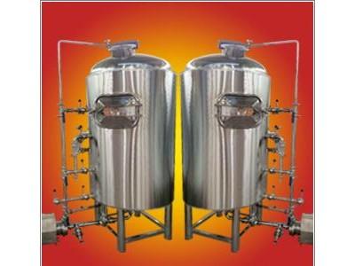 康之星机械小型自酿啤酒设备(小型自酿啤酒设备)