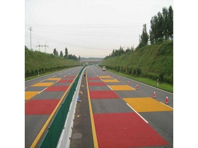 安徽六安实小门口红色防滑道路材料刮涂铺装中