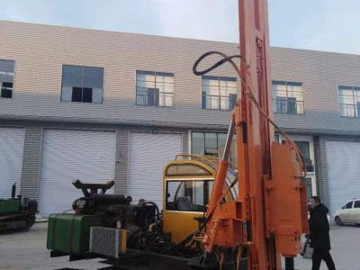 光伏工程用打桩机 履带式液压打桩机 青海共和工地用光伏打桩机
