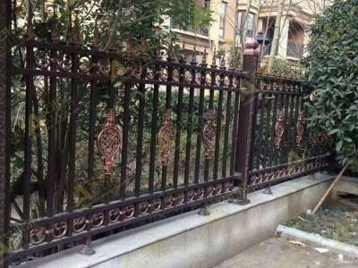 高港铸铝围栏铝艺大门护栏楼梯防盗护窗工程厂家