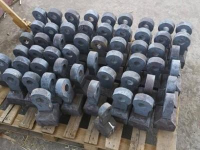 板框壓濾機是污水處理系統中的針對污泥處理的設備